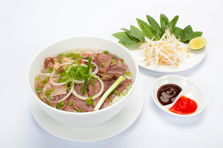 Phở - Beef or Chicken Noodle Soup